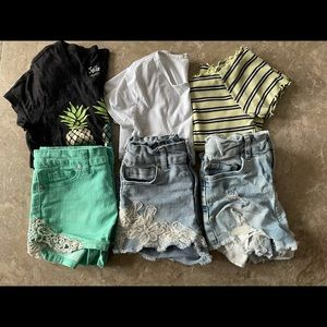 Summer girls shirts and shorts  bundle siz…
